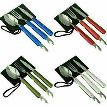 ست قاشق، چاقو و چنگال فلزی در رنگ های متفاوت