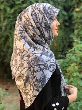 روسري حرير کریشه قواره ١٢٠ بسيار سبك و راحت (ليز نيست).