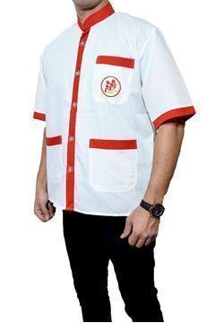 لباس فرم آشپزی سه جیب پارچه تترون سفید و رنگی با گلدوزی لوگو در پشت و جیب روی سینه