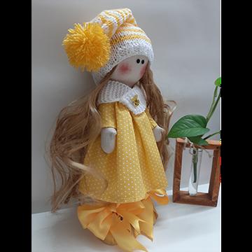 عروسک روسی زرد